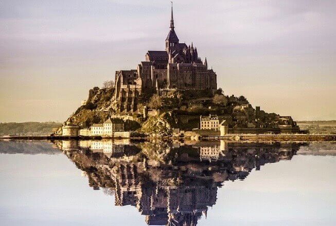 mont saint michel day